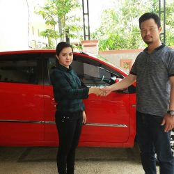 Foto Penyerahan Unit 1 Sales Marketing Mobil Dealer Toyota Batulicin AGUNG NUGROHO