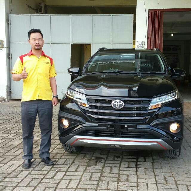 Sales Marketing Mobil Dealer Toyota Batulicin AGUNG NUGROHO