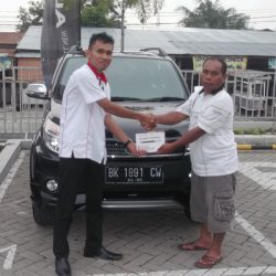 DO Sales Marketing Mobil Dealer Toyota Freddy (3)